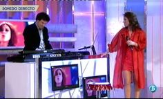 """Vicky vuelve a ser vocalista de """"Olé Olé""""  http://www.telecinco.es/quetiempotanfeliz/actuaciones/Vicky-vuelve-vocalista-Ole_2_1565580066.html"""