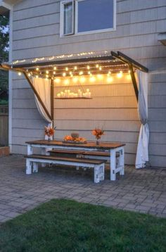 Backyard Lighting, Backyard Pergola, Backyard Landscaping, Outdoor Lighting, Lighting Ideas, Patio Roof, Modern Lighting, Desert Backyard, Wedding Backyard