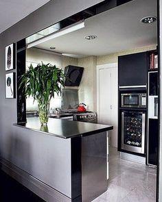 Com os espaços cada vez mais limitados a cozinha necessita de um planejamento muito feito para atender a todas as necessidades dos seus usuários. ME SIGAM TAMBÉM @millenniummoveiseobjetos @luhpelomundo