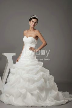 Pick Up Sweetheart White Ball Gowns For Weddings