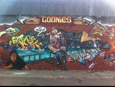 Street Art – Un joli graffiti rendant hommage au film mythique The Goonies