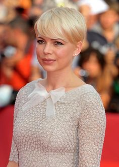 Michelle Williams Hair - maybe this cause I like the bangs