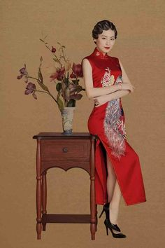 旗袍大叔 一件好的旗袍不仅仅是服饰,更是一件精美的艺术品。