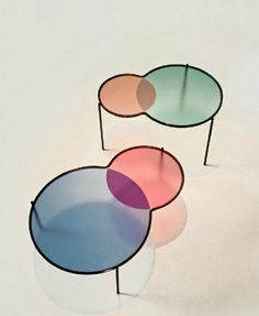 Ven diagram tables| le table,tables,design tables,colorful tables. creative tables,painted tables,glass tables,lazy tables,wooden tables.minimal tables,harmonic tables design,fantastic forms,balanced furniture,extraordinary tables,innovative tables,bright tables.