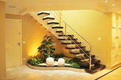 Choose from the largest collection of Interior, Exterior Design and Decorating Ideas to add style at home/office. Discover best Interior, Exterior inspiration photos for remodel & renovate, here. Interior Garden, Best Interior, Interior And Exterior, Interior Stairs, Interior Ideas, Small Garden Under Stairs, Inside Garden, Stair Decor, Modern Stairs