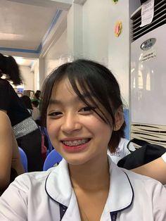 Filipino Girl, Filipina Beauty, Anime Songs, Gangsta Girl, Aesthetic Hair, Ulzzang Girl, Girl Photography, Girl Pictures, Mood