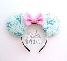 Custom Mickey Mouse Ear Headbands and Accessories by ToNeverNeverland Vintage Jeep, Vintage Mickey, Disney Princess Facts, Disney Fun Facts, Disney Mouse Ears, Mickey Mouse Ears Headband, Minnie Mouse, Disney Diy, Disney Crafts