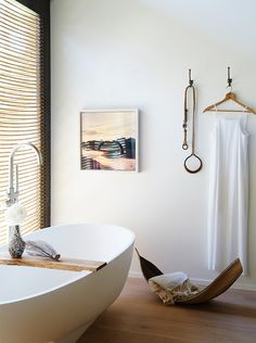 minimal bathroom | photo nicole franzen