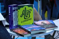 Alguns livros lançados pela Fantástica Rocco
