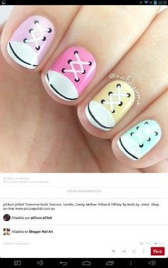 Nail art Christmas - the festive spirit on the nails. Over 70 creative ideas and tutorials - My Nails Fancy Nails, Diy Nails, Cute Nails, Nails For Kids, Girls Nails, Converse Nails, Converse Sneakers, Sneakers Fashion, Fashion Shoes