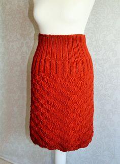 lovely knitted skirt  eleganter Strickrock Marisol von StilistaKarlotta auf Etsy www.etsy.com/stilistakarlotta www.stilistakarlotta.com