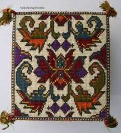 This Pin was discovered by aym Blackwork Patterns, Embroidery Patterns, Cross Stitch Designs, Cross Stitch Patterns, Cross Stitching, Cross Stitch Embroidery, Palestinian Embroidery, Art Textile, Tapestry Crochet