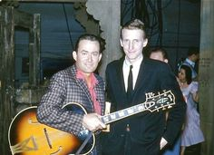 Don Gibson & George Hamilton IV Backstage @ the Ryman Opry. April 1960 (Photo By: Scoot Irwin) Country Western Singers, Country Music Artists, Country Music Stars, Country Men, Vintage Country, George Hamilton Iv, Stars Then And Now, Rock N Roll, Cowboys