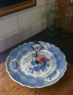 Beautiful, over fifty year old, porcelain etagère/cakestand.  For more information go to: www.facebook.com/okidokado