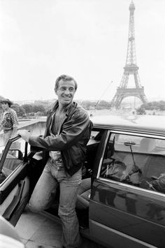 Jean Paul Belmondo Pictures and Photos Elvira Movies, Georges Lautner, Francis Huster, Claude Lelouch, French Icons, William Wegman, Wow Photo, Classy People, Cinema