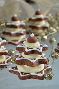 ricette dolci Yellow Things yellow is the new black Xmas Food, Christmas Sweets, Christmas Cooking, Cookie Recipes, Dessert Recipes, Xmas Desserts, Biscotti Cookies, Sweet Cakes, Sweet Recipes