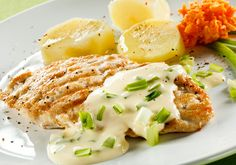 Poultry, Mashed Potatoes, Food And Drink, Eggs, Meat, Chicken, Breakfast, Ethnic Recipes, Kitchen