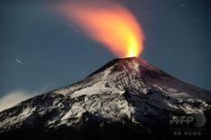 火山活動が続くチリ南部のビジャリカ山