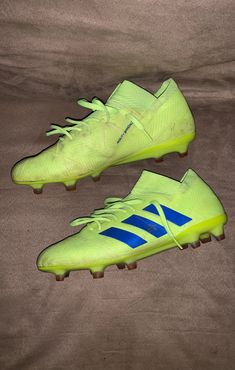 Size 8 No rips or sole separation Futuristic Shoes, Adidas Cleats, Buy Sneakers, Cute Boys, Soccer, Fashion, Soccer Shoes, Football Pictures, Shoe