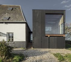 Image 7 of 38 from gallery of Cliffs Impasse / ZIEGLER Antonin architecte. Photograph by Antonin Ziegler Extension Veranda, Small Country Homes, Architecture Résidentielle, House Extensions, Cabin Homes, Reading Room, Coastal Homes, Interior And Exterior, My House