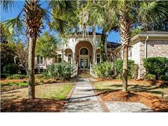 Search all available Johns Island Homes For Sale & Real Estate at www.FindingCharlestonAHome.com