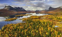 Lake Laidaure, Sarek National Park, Sweden, September 2007 | Photo: Hans Strand