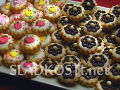 Mandlové dortíčky zdobené