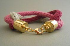 Strickliesel*Armband - *Aria* - Farbe: erika, bordeaux & silbergrau - Preis: 12,00€
