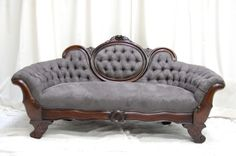 Belle of the Ball Designs Vintage Couch. Im in love with this one