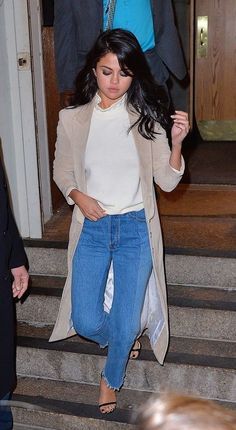 We're 99.999% Sure You'll Be Reaching for Your Jeans This Weekend. Here are 21 Cool Ways to Wear 'Em. - Selena Gomez Style