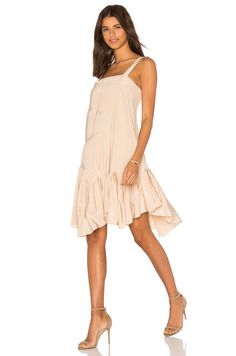 Tibi Pleated Strappy Dress in Morro Sand   REVOLVE Tenues Vestimentaires,  Robe Jupe, Des a6f31aee9fed