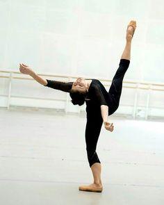 Natalia Osipova in Rehearsal with the Royal Ballet✨ ~ @kenzieethomas #royalballet #nataliaosipova #ballet #ballerina #balletdancer #dance #dancer #dancing #pointe #primaballerina