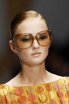 Laura Biagiotti at Milan Fashion Week Spring 2007 - Details Runway Photos