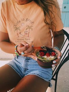 Ideas For Moda Verano Casual Outfits Shirts Vsco, Casual Outfits, Cute Outfits, Fashion Outfits, Women's Fashion, Beach Outfits, Surf Fashion, Denim Outfits, Simple Outfits
