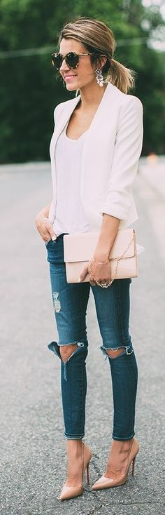 #streetstyle #casualoutfits #spring | White Blazer + White Tee + Ripped Denim | Hello Fashion