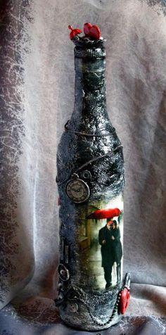 Заготовка Бутылка «Любовь в большом городе» http://dcpg.ru/blogs/6713/ Click on photo to see more! Нажмите на фото чтобы увидеть больше! decoupage art craft handmade home decor DIY do it yourself bottle Materials and techniques: acrylic paint varnish print etc.