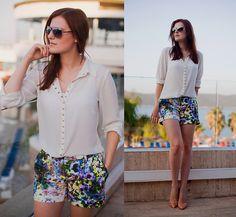Mango Blouse, Herry Printed Shorts, Zara Nude Pumps, Mango Sunglasses