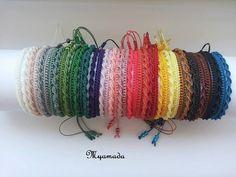 Very Simple micromacrame bracelet di Albumita su Etsy