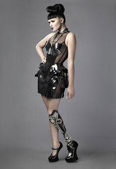 handi fashion woman