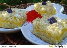 Cuketový koláč s broskvemi a drobenkou recept - TopRecepty.cz