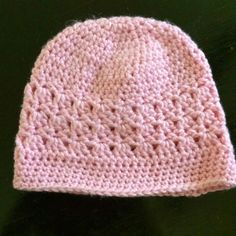 """Crochet Chemo Cap - Free Pattern   #5 yarn  6mm crochet hook   Finished size laying flat: 9 ¼"""" wide, 7 ½"""" tall   If you'd like to buy thi..."""