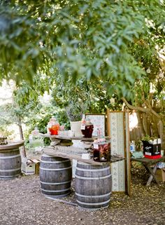 Cute country outdoor wedding! Very down-home.
