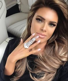"2,064 aprecieri, 10 comentarii - @milano_streetstyle pe Instagram: ""Beautiful via @freak__fashion 📷 @driati_meladze 💋"""