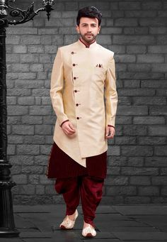 Look adolescent in this Cream Colour Imported,Silk Fabric Men's Indowestern. All patterns are intricately embellished with Plain work. Indian Men Fashion, Indian Bridal Fashion, Mens Fashion, Wedding Dresses Men Indian, Wedding Dress Men, Jubbah Men, Marriage Dress For Men, Mens Traditional Wear, Boys Kurta Design