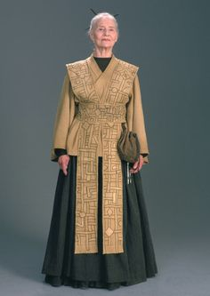 Jocasta Nu - Wookieepedia, the Star Wars Wiki OR any Jedi librarian. I imagine the clothing would be similar. :)