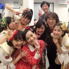 年越しはももクロちゃんと坂崎さんのライブに飛び入り出演しましたっ☆!れにちゃんとメンバーみなさんご一緒に「クルクルミラクル」!ももクロちゃん&坂崎幸之助さん&司会の東京03の飯塚さんも!もう夜中の5時くらい。「しのはらさんと歌う瞬間をずっと楽しみにしてい