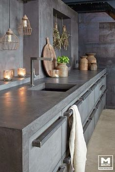 Concrete Kitchen Design Combine MOLITLI creative designs with top German kitchen supplier's superior quality materials and what do you get? The perfect mix of an all-original, highly innovative, unique and trendy, awe-inspiring kitchen concept! German Kitchen, New Kitchen, Kitchen Dining, Kitchen Decor, Design Kitchen, Kitchen Wood, Concrete Counter Tops Kitchen, Kitchen Cabinets, Polished Concrete Kitchen