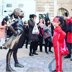 5-Year-Old Brings 'Fearless Girl' Statue On Wall Street To Life | The Huffington Post