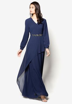 Buy Dresses & Jumpsuit For Women Online Kebaya Modern Dress, Kebaya Dress, Trendy Dresses, Modest Dresses, Abaya Fashion, Fashion Outfits, Hijab Dress Party, Dress Brokat, Muslim Dress