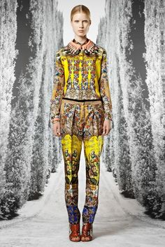 Robbie Spencer's Cruise 2013 Womenswear /looks like Mary Katrantzou at first sight